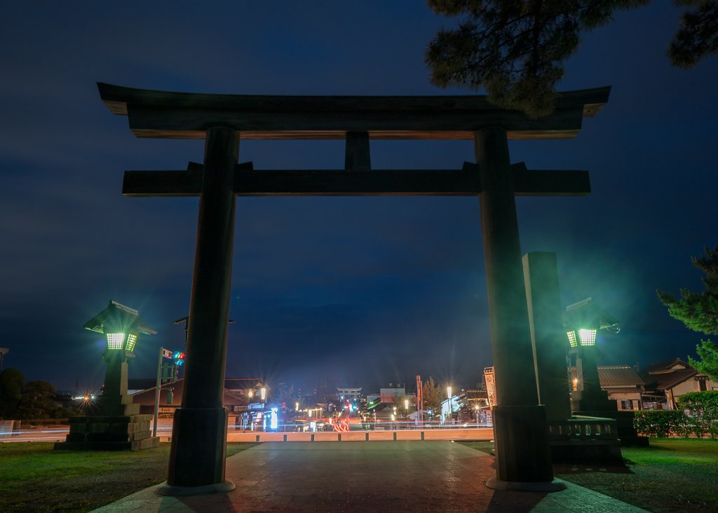 Izumo Taisha torii gate at blue hour after the rains雨上が